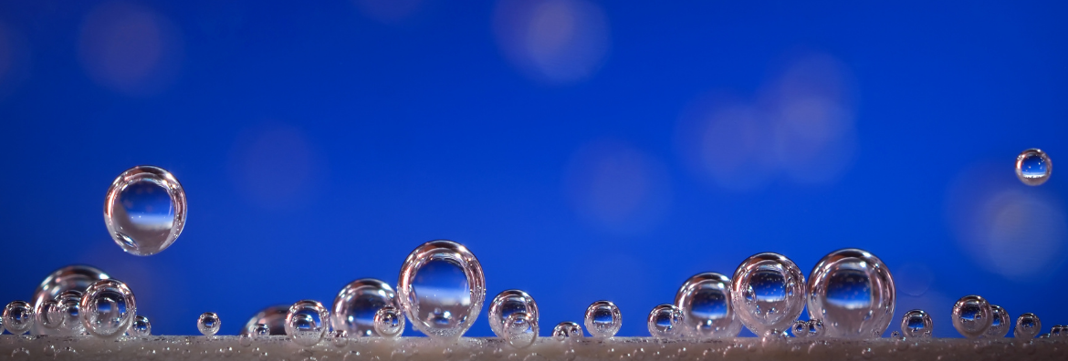 How pressure tanks can reduce air bubbles in manufacturing